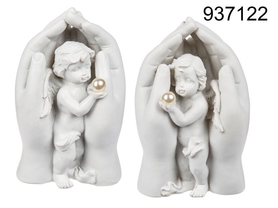 Engel in ihren Händen