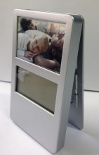 Desktop Clock with 3 Picture Frames