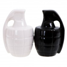 Granates Salt and Pepper Shakers