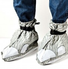 Elephant shoes for mass parties